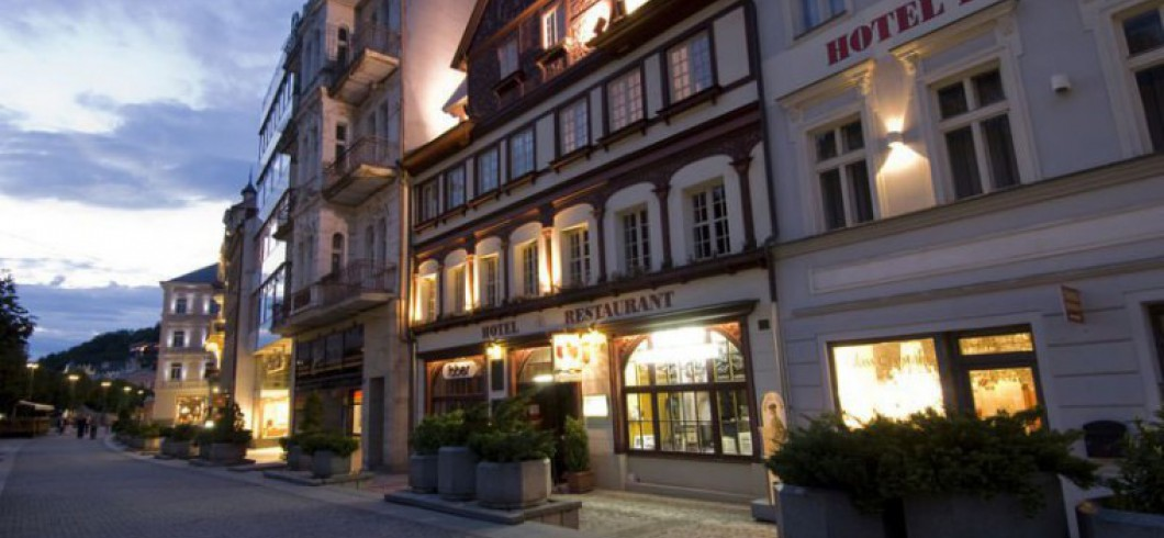 Dům Petr Karlovy Vary/Peter House/Haus Petter (Dům Petr)/Дом «Петр»/彼得之屋/بيت بيتر